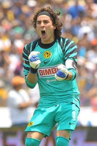 www.footballzz.com/img/jogadores/43/68143_ori_guillermo_ochoa.jpg